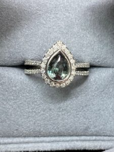 Alexandrite hardness allows it to be durable for everyday wear